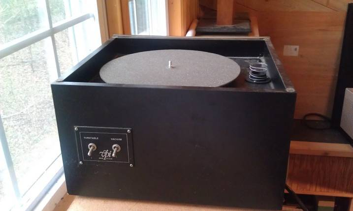 VPI  16.5  RECORD CLEANING MACHINE