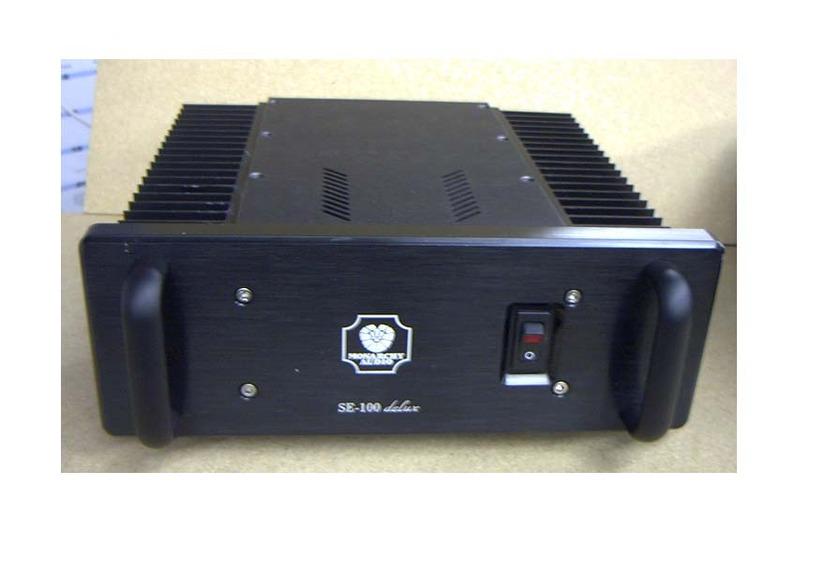 Monarchy Audio SE100 Delux mono block power amps