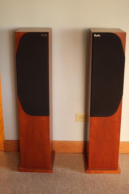 Proac Response 2.5 Loudspeakers