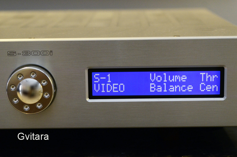 Krell S-300i (240V) 300W integrated amp ipod link