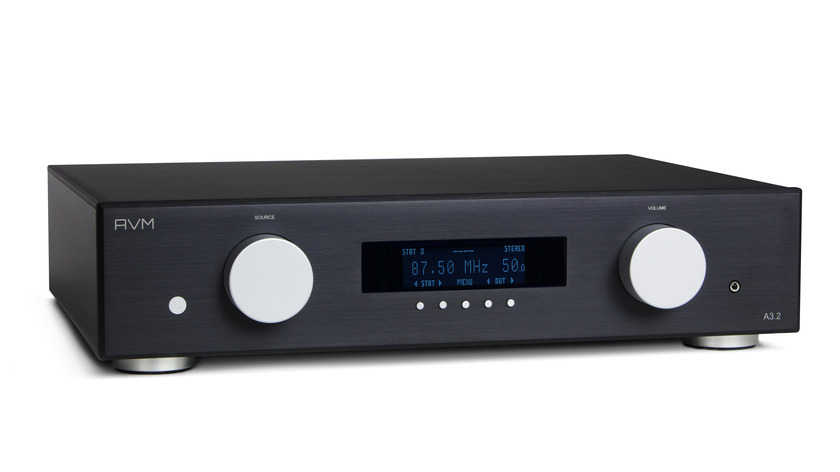AVM AUDIO GERMANY A3.2 STEREO INTEGRATED AWARD WINNING