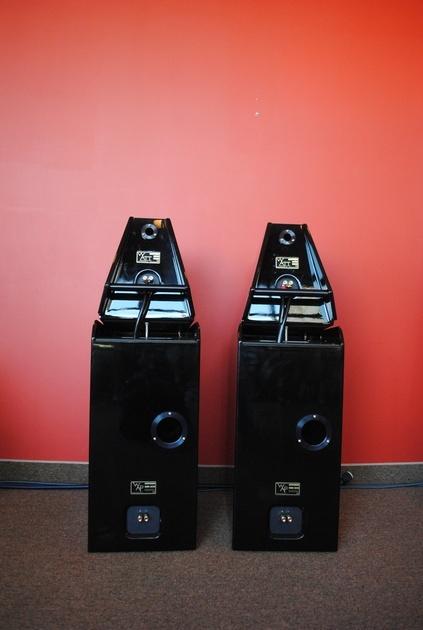 Wilson Audio WATT/Puppy 8 Speakers