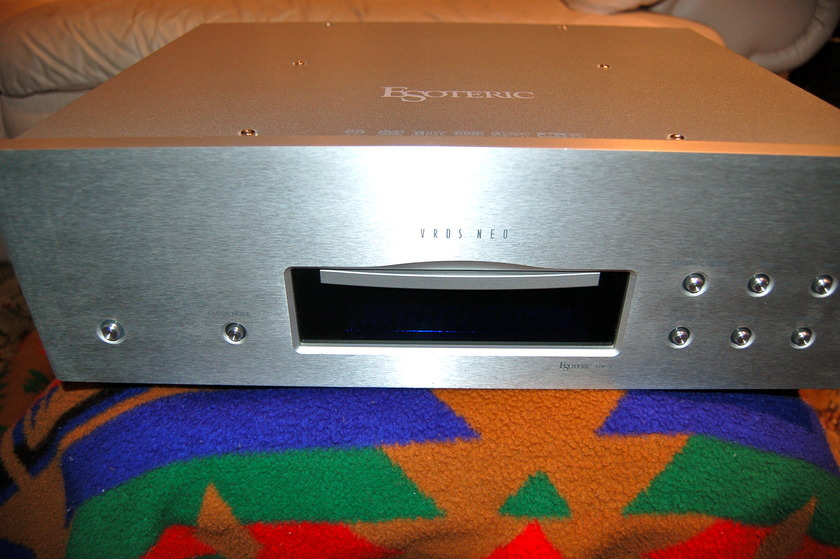 ESOTERIC UX-3 SACD/CD/DVD A/V Player Excellent