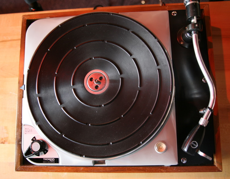 Thorens  TD-124 / II Turntable Classic collector item!