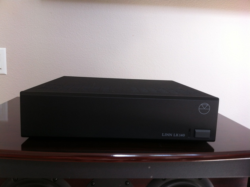 Linn LK140 Amplifier