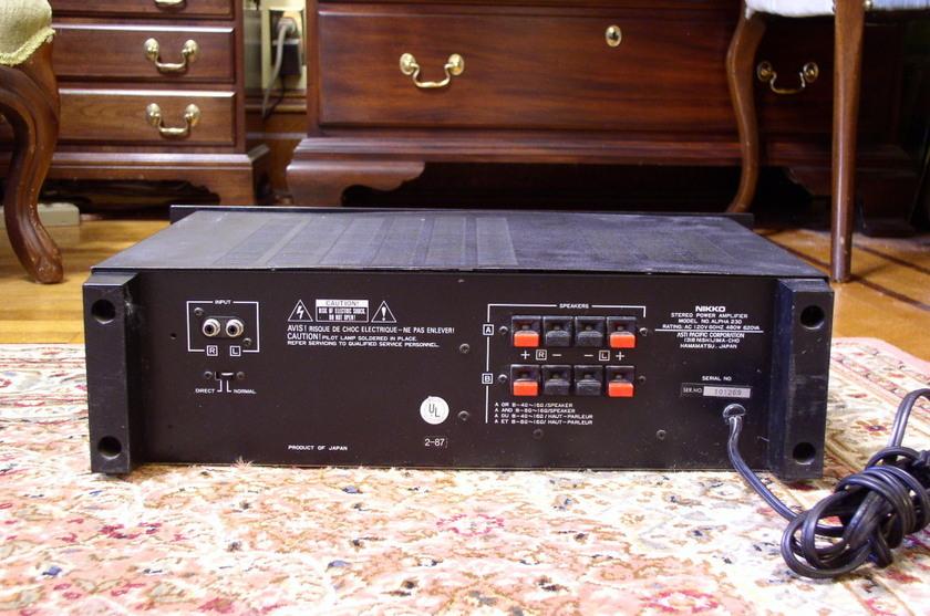 NIKKO  Alpha 230 Amplifier Nice Vintage
