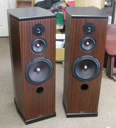 Tyler Acoustics Decade MM5 mastering monitors! New Model