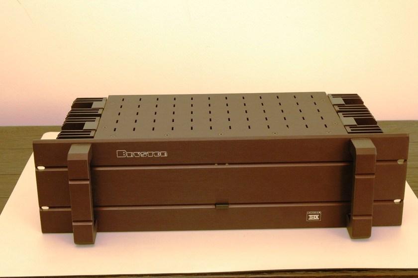 Bryston 3B-ST 2-channel bridgeable amplifier w/warranty