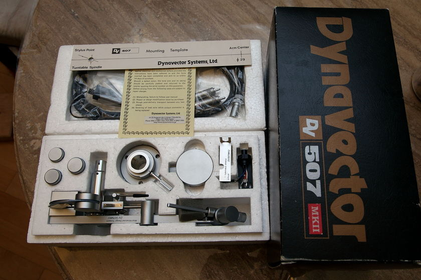 Dynavector DV-507 II tonearm
