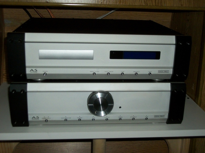 Musical Fidelity A5 CD Player and A5 Integrated Amp