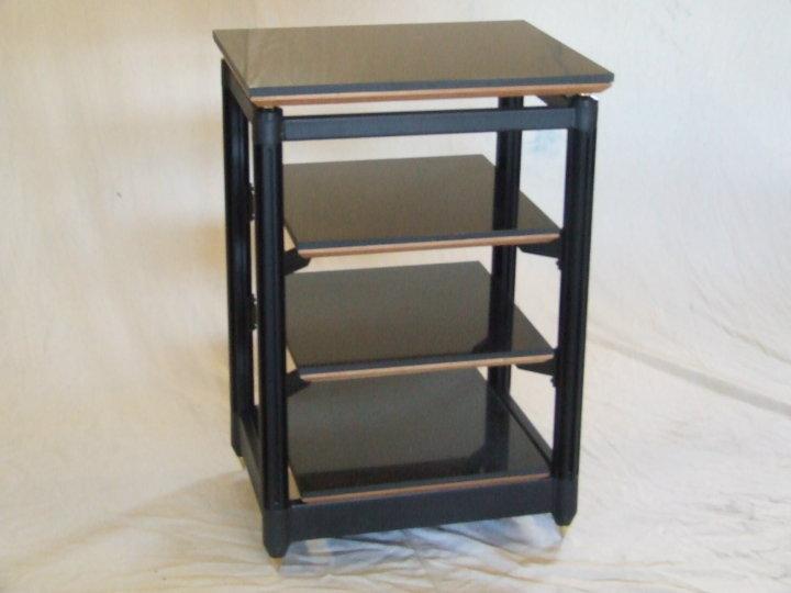 Adona Zero SR4 isolation rack - affordable perfection!
