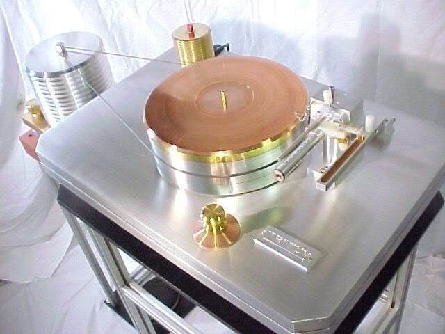 TRITIUM AIR BEARING BRASS PHONO TURNTABLE RECORD PLAYER HIGH END