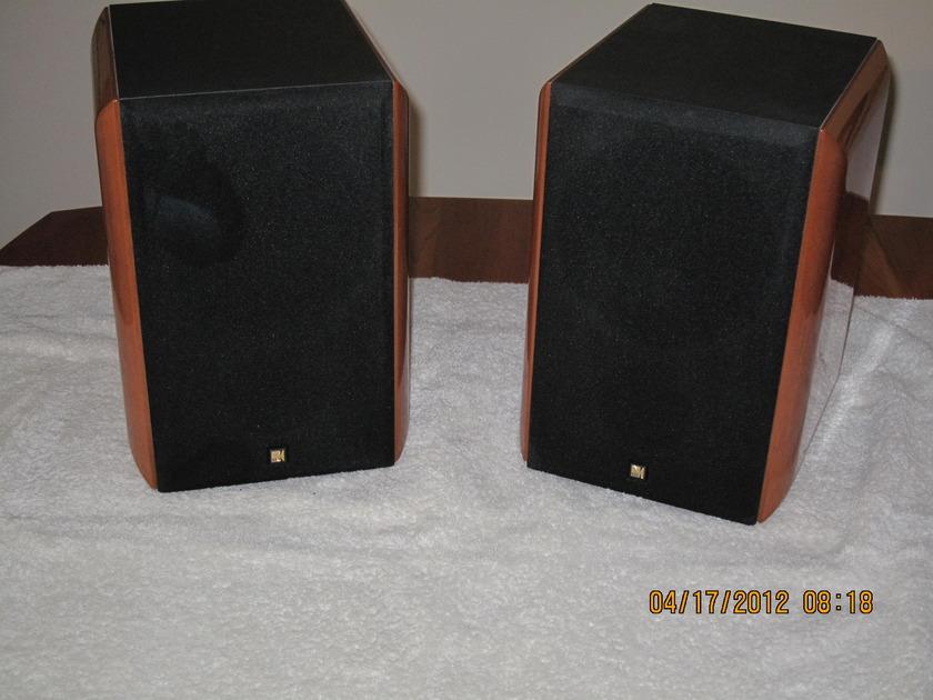KEF Monitor Series RDM TWO