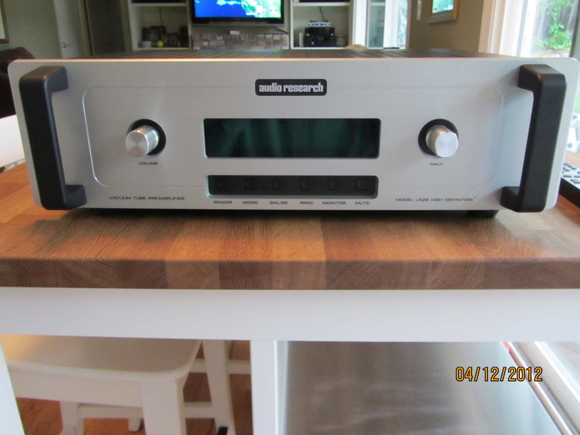 Audio Research LS26 Preamplifier - Excellent Condition