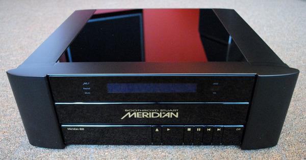 Meridian 800 v.4 DAX DVD/CD Player