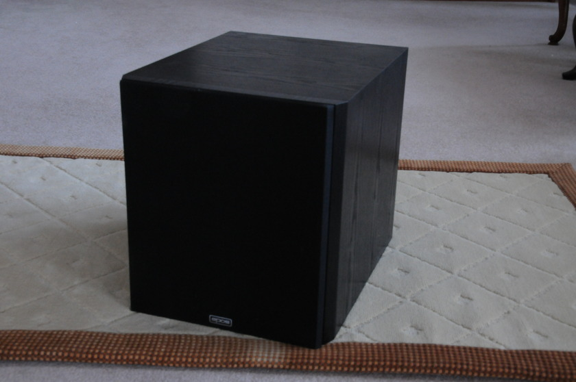 EPOS     ELS SUBWOOFER     Great Condition