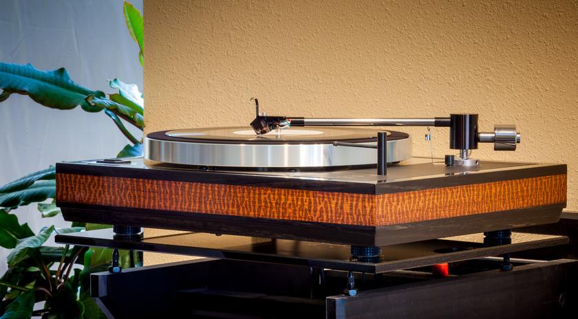 Woodsong Audio Linn Sondek LP12 Snakewood and Ebony plinth!