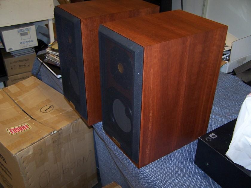 Osborn Speakers F-2 detailed , amazing midrange