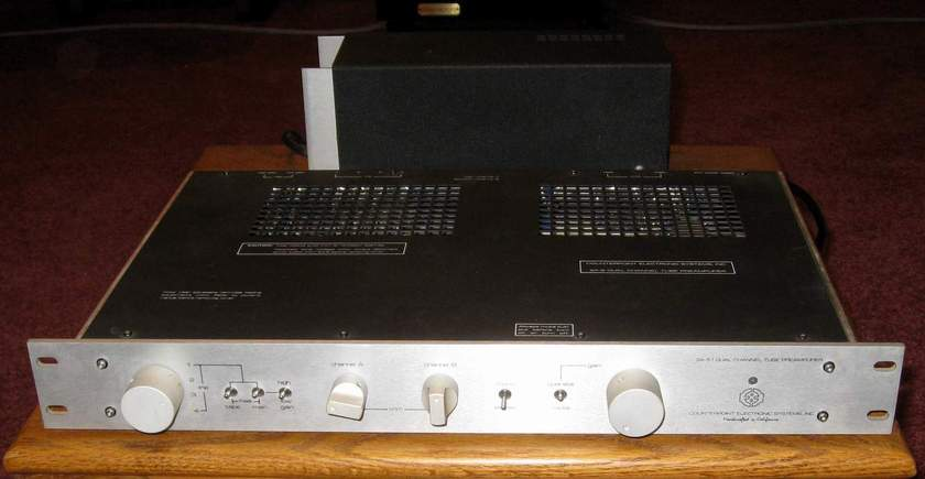 Counterpoint SA-5.1 high end preamplifier with outboard power supply