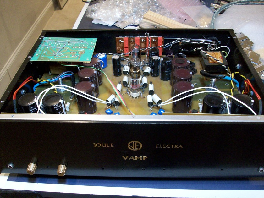 Joule Electra V AMP Integrated 100WPC hybrid tubes/mosfets