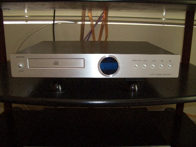 """Music Hall CD 25.2 """"for the money"""" xlnt. CD player"""