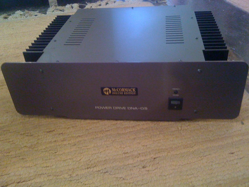 McCORMACK DELUXE EDITION Power Drive DNA - 0.5