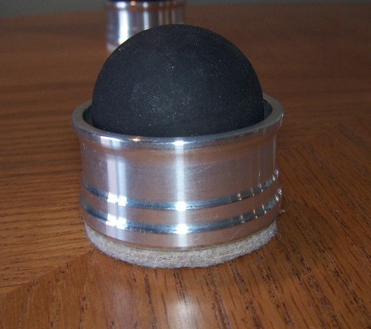 TTW Audio TTISOFeet Specifications 4 Piece Package, Aluminum Housing We have some NOS Stock Great Product!!