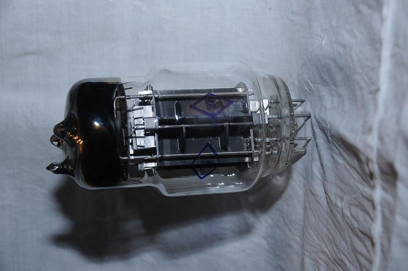 TUBES 6C33C   Brand NEW SOVTEK NEVER USED IN ORIGINAL BOX