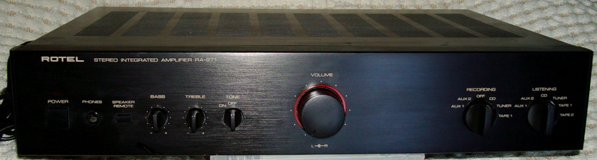 Excellent ROTEL RA-970 Integrated Amp 60 RMS watts per channel - Black Made in JAPAN - Very Musical!