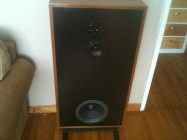 Boston Acoustics A-200 Speakers