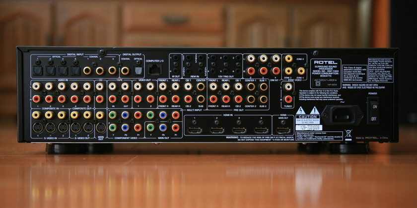 Rotel RSP-1069 7.1 Surround Preamplifier / Processor HDMI In Like New Condition