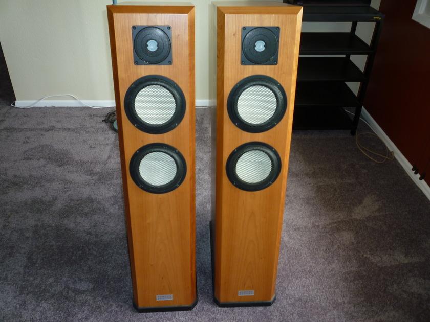 Marten Miles II Speakers