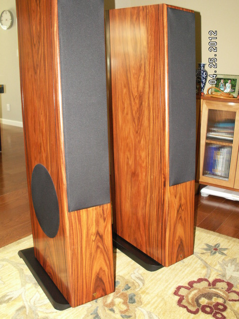 Vienna Acoustics Floor Speakers Strauss