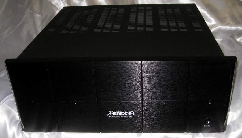 Meridian 558  5 channel power amplifier 200 wpc x 5 @ 8 ohms