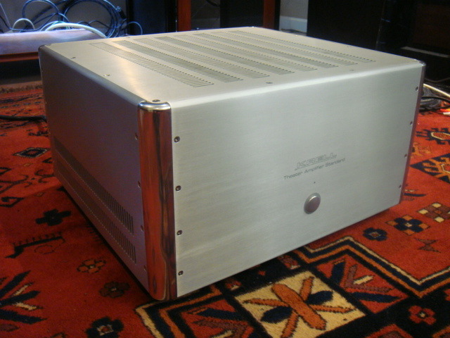 KRELL  TAS  5 Channel amp with box  9 rating