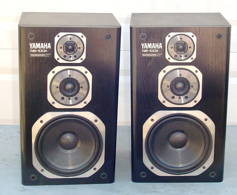 Yamaha NS-100x Speakers Very Nice Pair Excellent Condition