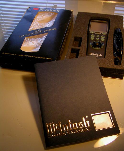 McIntosh Preprogrammed Remote UR12 Touchscreen/Learning Rem., Demo, Original Box