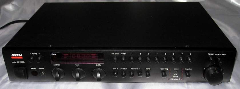 Adcom GTP-500 mkII  preamplifier tuner with remote