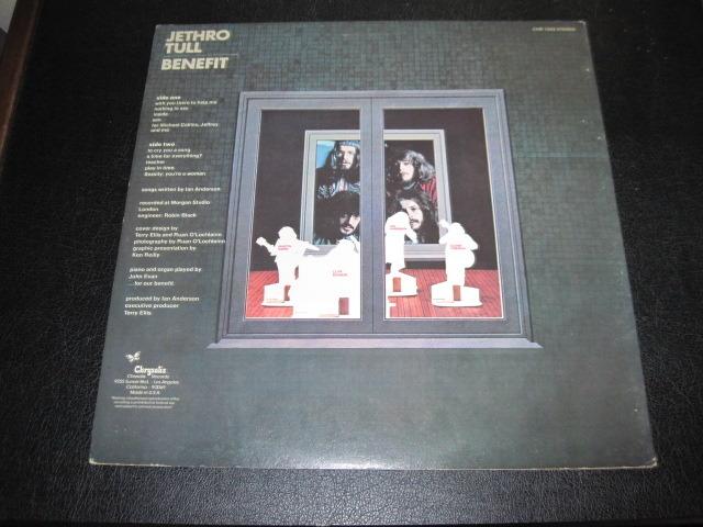"JETHRO TULL LP/Vinyl -lot of 2- - ""Stand Up"", ""Benefit"""
