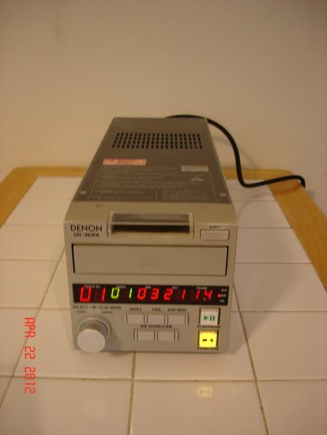 Denon Professional DN-961FA  Professional/Broadcast CD Player