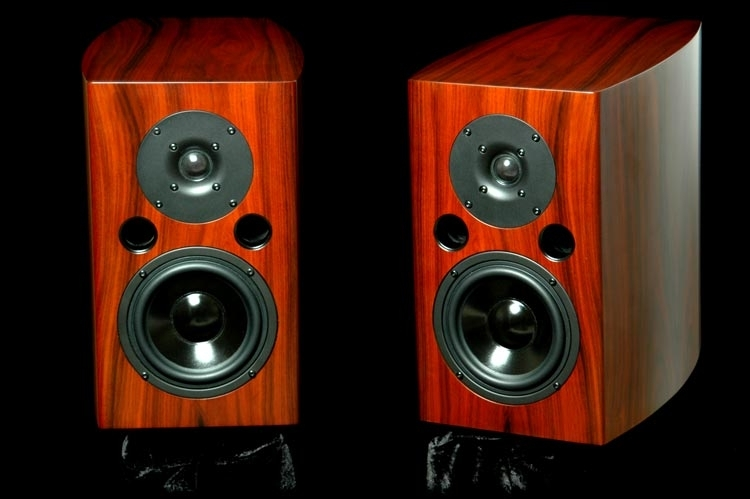 LSA .5 Excellent new monitors