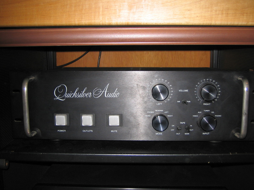 Quicksilver Audio  Full Function tube preamplifier great phono stage
