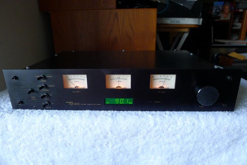 MAGNUM DYNALAB  101 CLASSIC FM TUNER