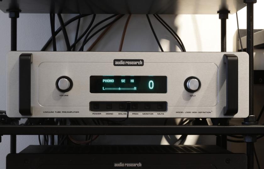 Audio Research LS-26