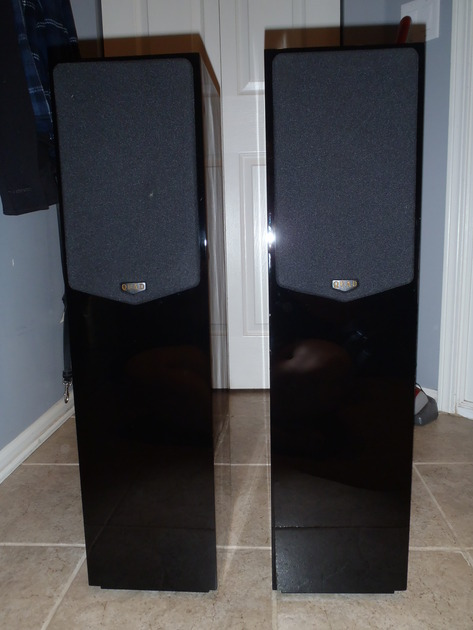 Quad  21L Black Lacquer speakers