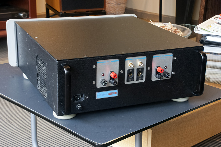 "Spectral DMA-200 ""Class A"" Power Amplifier; 200w x 2. Balanced and Single End Inputs."