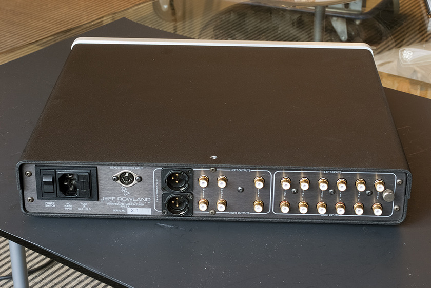 Jeff Rowland Design Group Consonance Line Level Preamplifier