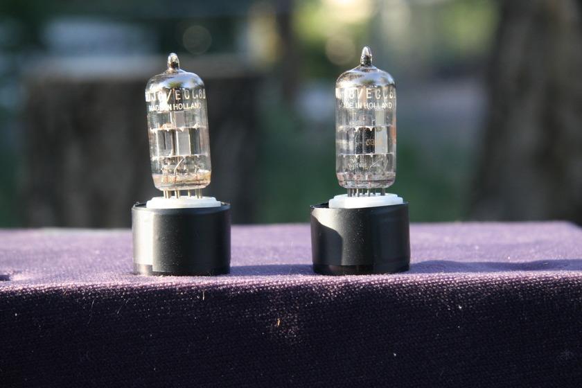 Amperex / RCA      6DJ8 / ECC88 Beautiful Holland, matched & balanced pair Very Rare Split Markings & Colors
