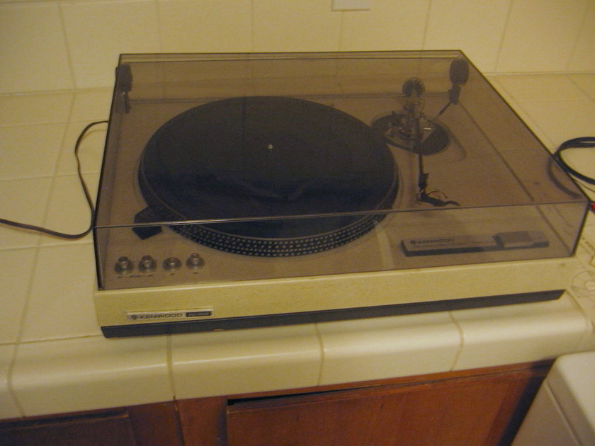 Kenwood KD-500 Turntable with Black Widow Arm