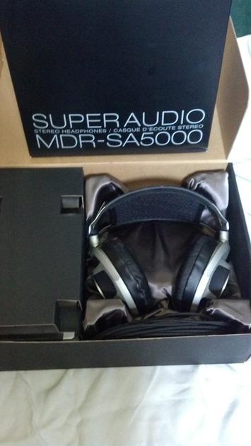 Sony MDR-SA5000